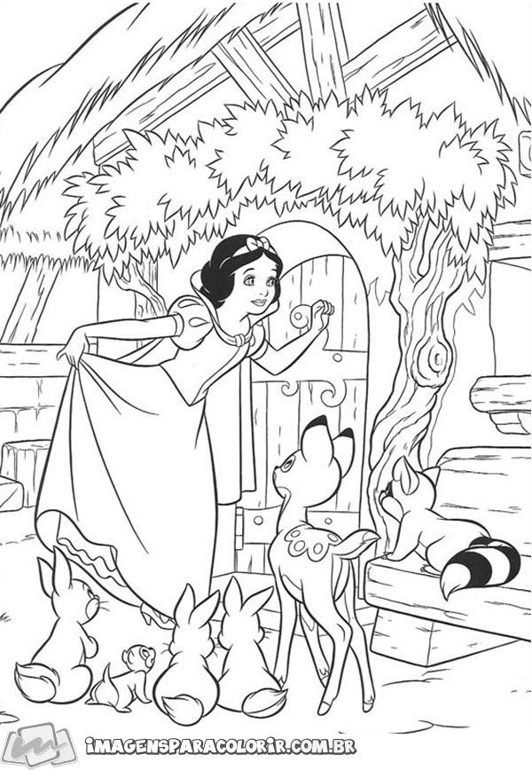 Branca de Neve batendo na porta dos Anões
