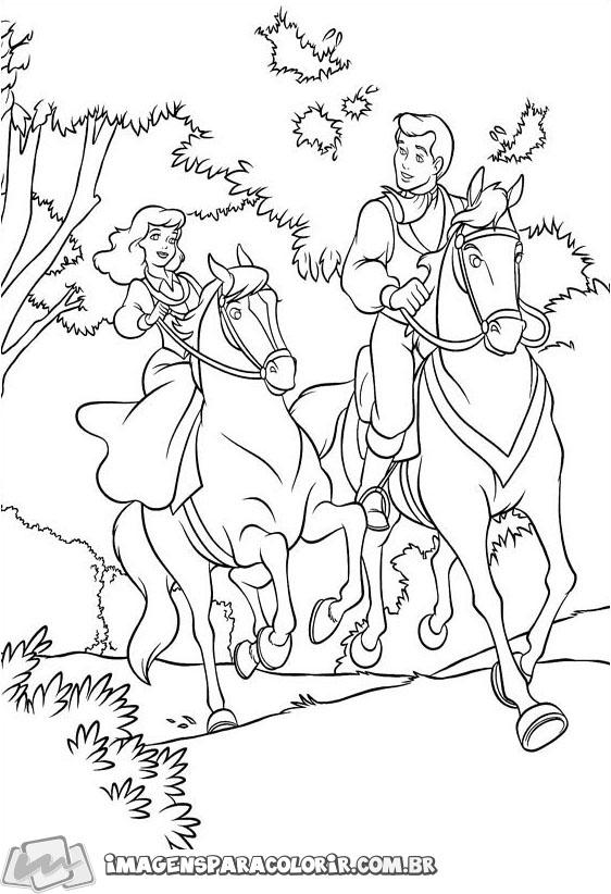 Cinderela e o Principe no cavalo